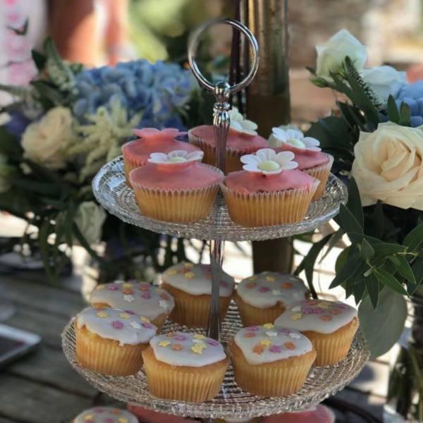 Lifeworks-fundraising-cake-sale